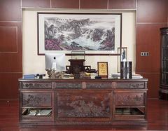 红木办公桌值不值买 常见的红木办公桌原料都是什么