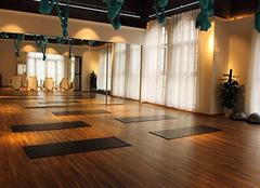 健身房运动地板怎么选 选错材质可不行