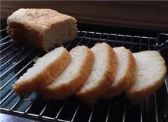 面包机怎么制作面包 要注意哪些