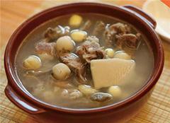 土茯苓煲汤的几种做法 美味与养生可以兼得