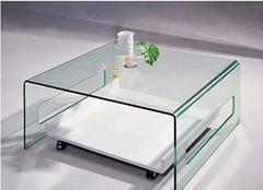 玻璃家具该如何保养 保养妙招看得见