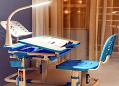 童星儿童书桌怎么买 儿童书桌买什么样的好