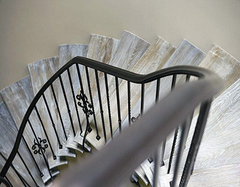 设计铁艺楼梯扶手价格是多少 要怎么保养?