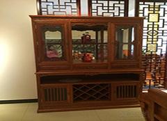 红木酒柜保养诀窍 让酒柜更耐用
