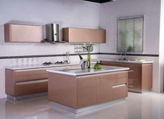 装修厨柜时如何选材好 有哪些事项需要注意呢
