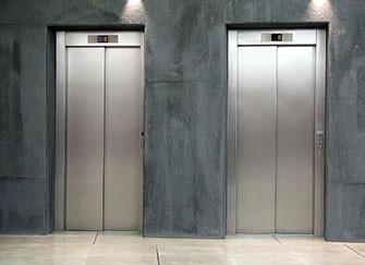 电梯门的使用方法 顺序步骤如何