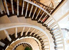 别墅圆形楼梯的设计知识 装修注意点要牢记