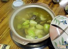 佛手瓜汤对身体好吗 佛手瓜薏仁排骨汤的做法