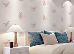 小碎花壁纸怎么与窗帘搭配 让家居简约不简单