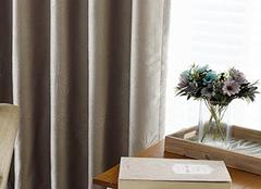 隔音窗帘的功能好吗 冬季挡风