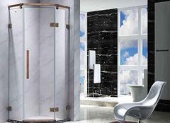 选购淋浴房注意哪些方面 淋浴房产品图