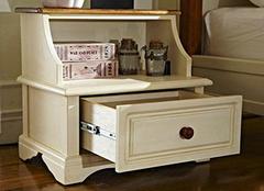 床头柜和床的最佳高度 居家必备小知识