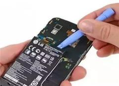 手机进水还能修吗 有哪些方法呢