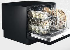 厨房智能洗碗机怎么样 洗碗机效果图