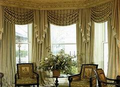 客厅窗帘怎么选好看 浅色系风格