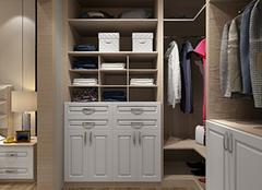 3平米衣帽间衣柜如何进行定制 打造简易空间