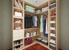 家中衣帽间一般装修多少平方 因房而异才更合适