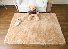 手工地毯如何清洗呢 不同地毯的处理方法