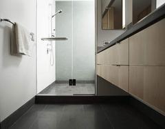 浴室玻璃门怎么清洁 常见的玻璃门污渍清洁