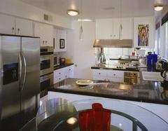常见的厨房台面材质介绍 他们的优缺点是什么