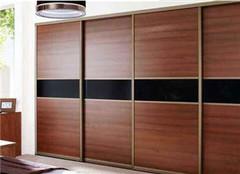 衣柜门怎么设计合理 是选择平拉门好还是推拉门好