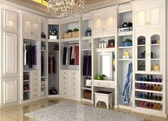 衣帽间整体衣柜的介绍 如何进行选购呢