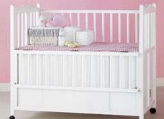 婴儿床买哪种好 婴儿床买什么样的好呢