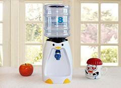 饮水机漏水怎么回事 如何解决饮水机漏水问题