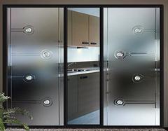 厨房门用磨砂玻璃还是透明玻璃好? 玻璃门安装注意事项