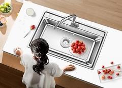 摩恩水槽什么材质好 摩恩厨房水槽什么材质好