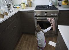 烤箱烤蛋糕为什么会糊?关于常见烤箱问题的解答