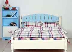 多喜爱和喜梦宝儿童床哪个好 看完不再犹豫不决