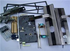 防盗门锁怎么打开 坏了出问题怎么维修