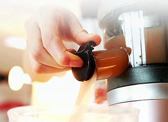 九阳榨汁机怎么样 榨汁机使用注意事项