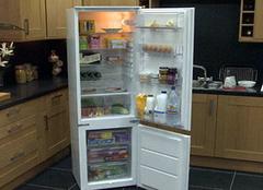 海尔冰箱和西门子冰箱哪个好 且怎么选购适合的冰箱呢