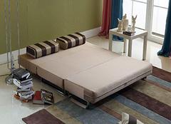 8平方小卧室实用装修图 如何将1㎡当5㎡使用