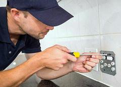 家装电工多少钱一天 水电安装注意事项有哪些
