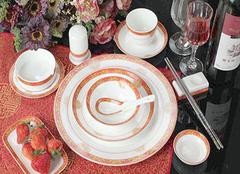 家用餐具如何选购  哪种家用餐具适合您