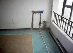 水电改造多少钱一平方 装修水电走顶还是走地好?