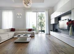 客厅铺设地板好还是瓷砖好 让经验丰富的装修师傅告诉你