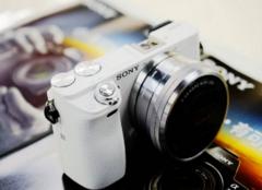 现在索尼微单相机哪款好 索尼微单a6000和a6300哪个好
