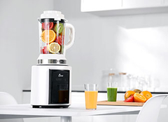 榨汁机和破壁机的区别 榨汁机榨果汁要加水吗