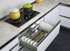 拉篮和抽屉哪个实用 厨房抽屉拉篮怎么安装