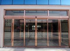 一般商铺玻璃门多少钱 店铺玻璃门的成本多少