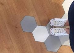 复合地板与瓷砖哪个好 复合地板和瓷砖哪个贵