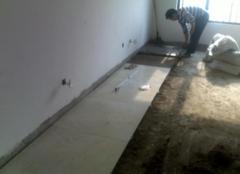 铺地砖前地面怎么处理  干铺地板砖的方法步骤