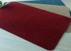 丙纶和涤纶地毯哪个好 涤纶地毯价格