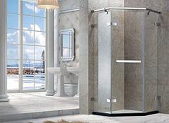 淋浴房玻璃会爆炸吗 淋浴房玻璃爆炸怎么办