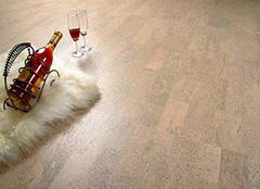 软木地板鼓起来怎么办 软木地板如何保养