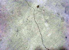 水泥地面裂缝怎么回事 水泥地面裂缝怎么处理